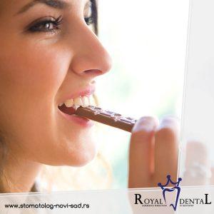 Ishrana je vrlo važan faktor koji doprinosi učestalosti javljanja karijesa